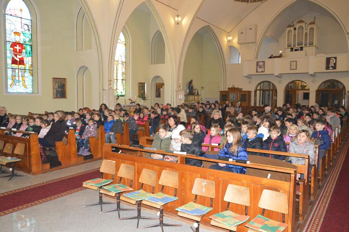 Mikulás a templomban
